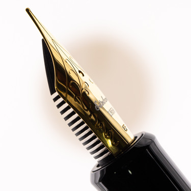 Esterbrook Estie Oversized Fountain Pen Ebony & Gold