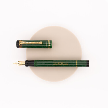 Aurora Internazionale Fountain Pen Green Limited Edition
