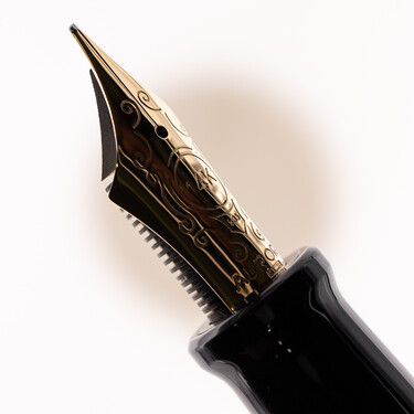 Aurora 88 Big Fountain Pen Black & Gold