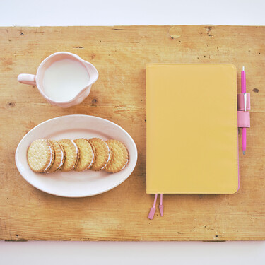 Hobonichi Techo Cousin A5 Strawberry Biscuit Set Cover + 2021 Diary