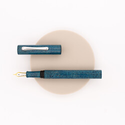 Taccia Hyakko-Hisho Fountain Pen Seiheki Limited Edition