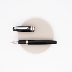 Montegrappa Fortuna Fountain Pen Black Rhodium