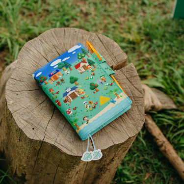 Hobonichi Techo Planner A6 Animal Crossing: New Horizons: What shall we do today? Set Cover + 2022 Diary