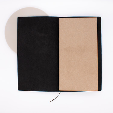Traveler's Notebook Regular Size Black