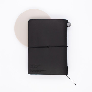 Traveler's Notebook Passport Size Nero