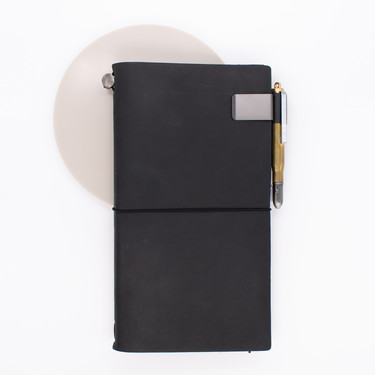 Traveler's Notebook Refill 016 Portapenne Per Regular e Passport Size Nero