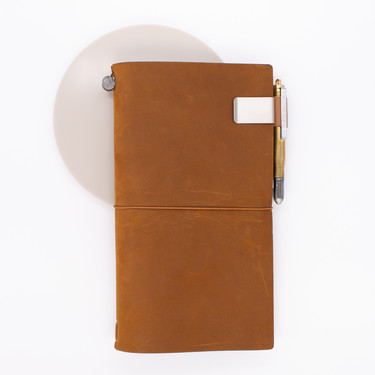 Traveler's Notebook Refill 016 Portapenne per Regular e Passport Size Camel