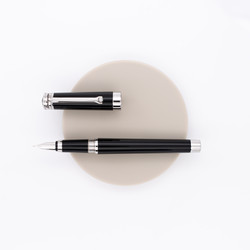 Montegrappa Parola Fountain Pen Black