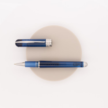 Pineider Avatar Ur Demo Rollerball Pen Sky Blue
